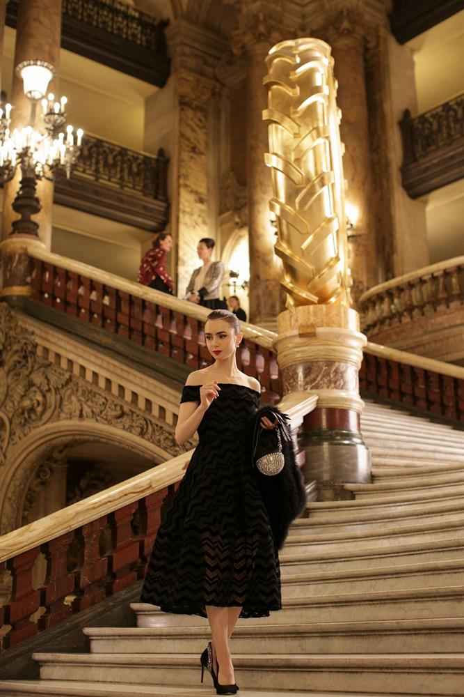《艾蜜莉在巴黎》服裝造型4