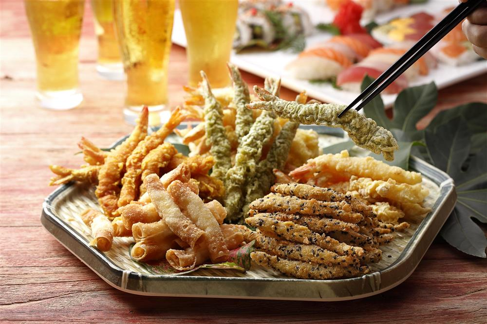 エビ天炸蝦祭特別活動,推出5款炸蝦包括海舞紫菜炸蝦、可喜可樂炸蝦、杏壽白玉炸蝦、昭和咖哩炸蝦與金黃脆黍炸蝦
