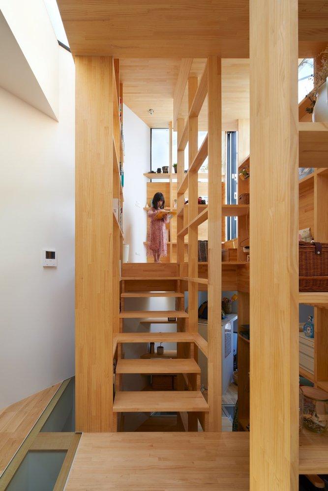 大阪「帝塚山の家」多功能木梯貫穿的小宅建築6