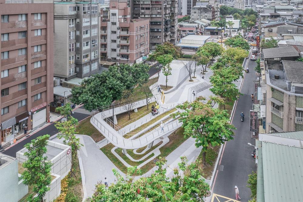 串起台北的綠色廊道!「心中山線形公園」用山作為連接城中南北的文化束道