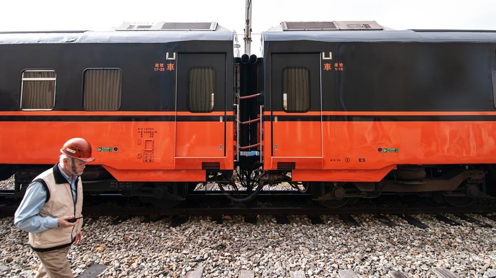 揭開全新台鐵環島觀光列車設計-柏成設計提供素材