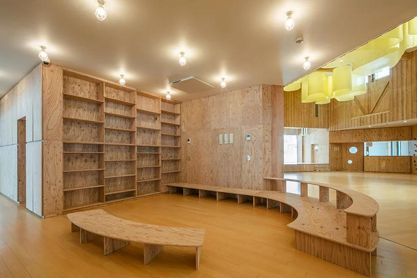 白雪裡的層疊餅乾屋!以向日葵為靈感的北海道木造幼兒園Yawara3