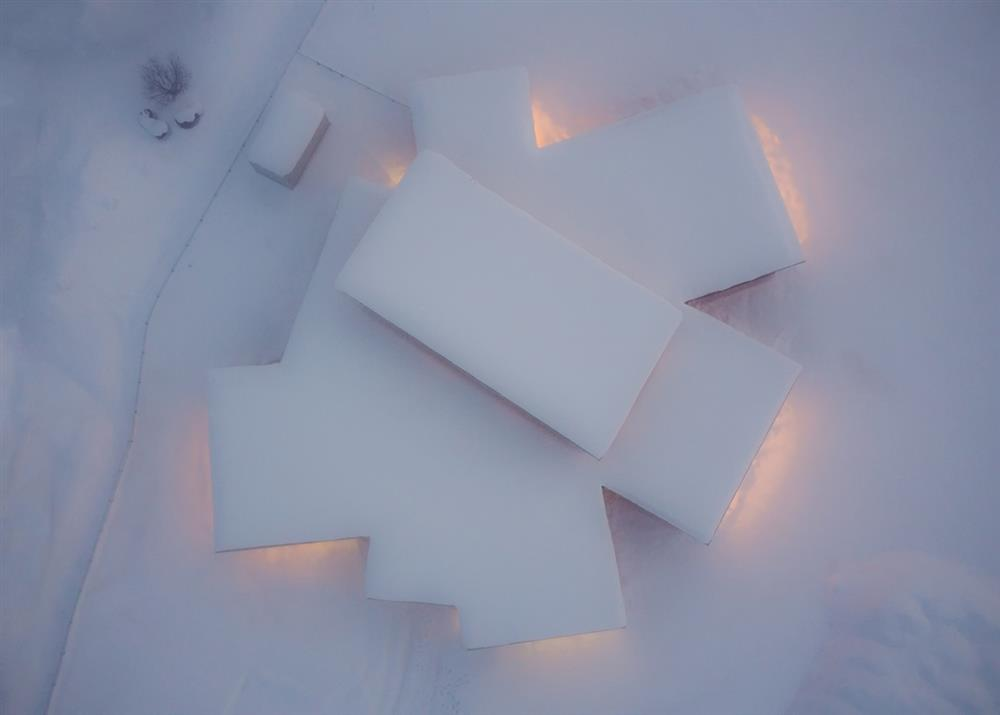 白雪裡的層疊餅乾屋!以向日葵為靈感的北海道木造幼兒園Yawara8