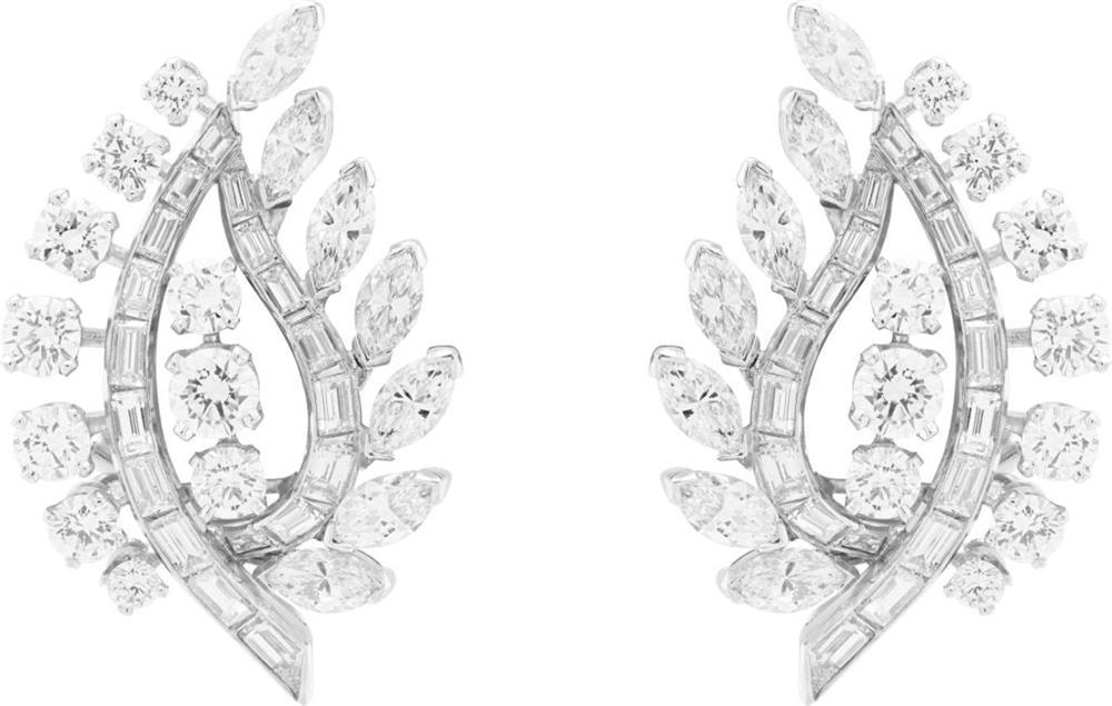耳環,可轉換為胸針,1953年,鉑金、白K金、鑽石,Heritage典藏系列
