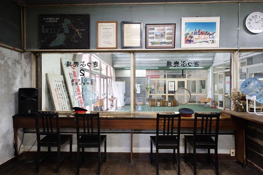 土合車站變身「駅茶mogura 」咖啡廳、旅宿複合空間8