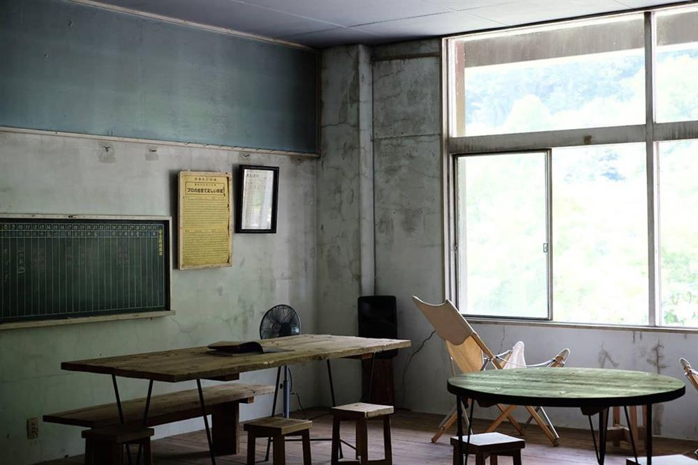 土合車站變身「駅茶mogura 」咖啡廳、旅宿複合空間11