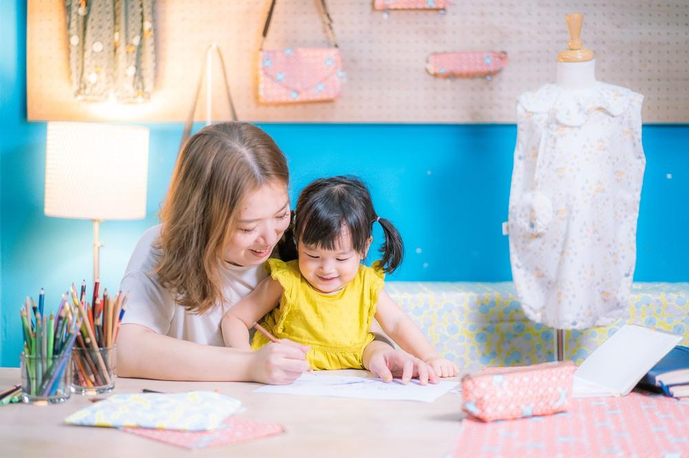 印花樂x你好工作室_藝術家壘摳與女兒檸檬