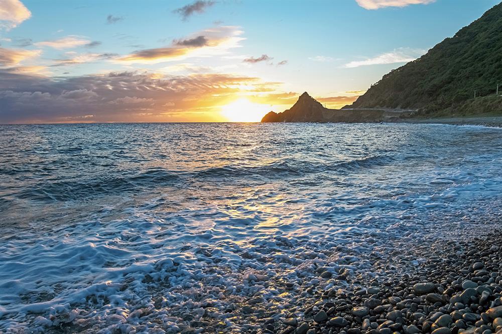 談起海洋,夏曼有很深很深的愛,他說那是非海洋民族很難理解的情感。
