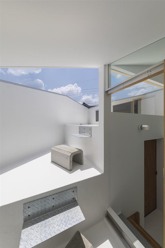 3層樓高卻有16層空間!大阪「高槻の住居」設計住宅_19