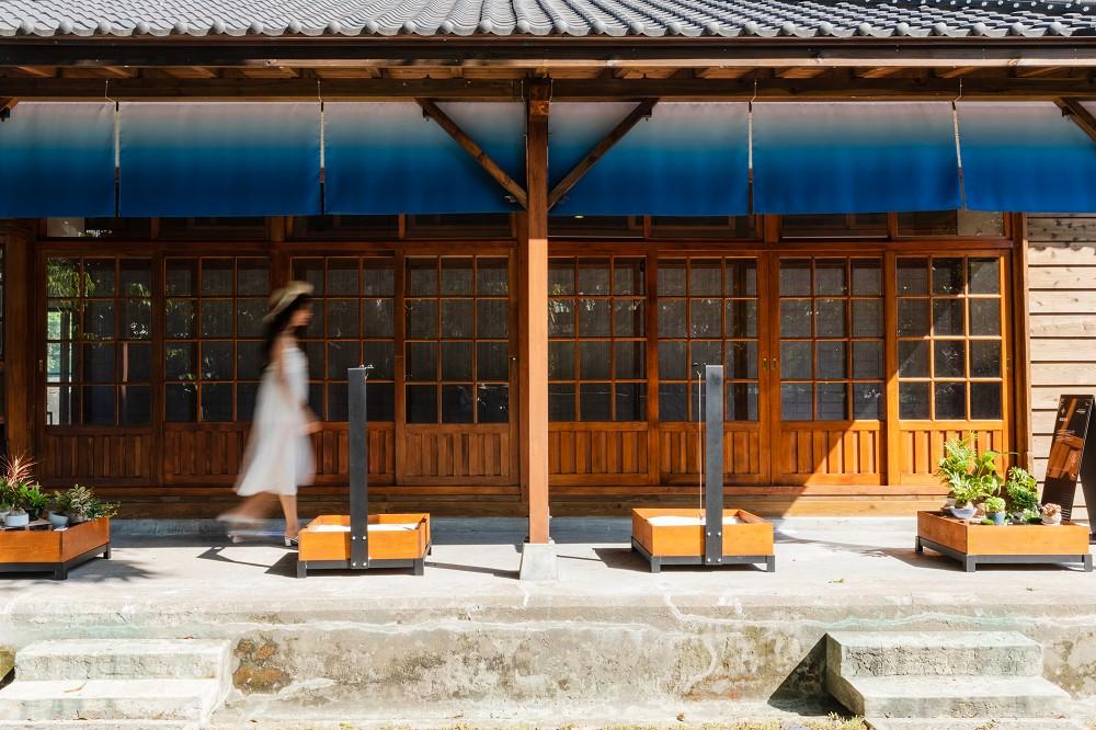 1.沙灣Villa:海浴走廊
