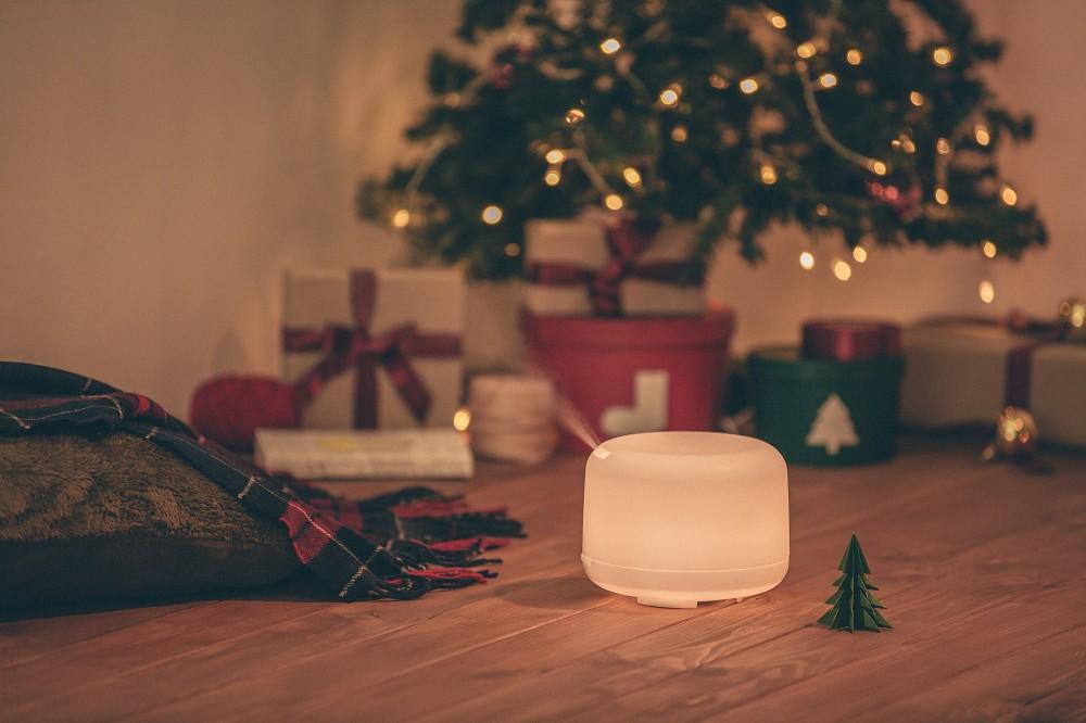 2020無印熱銷大容量超音波芬香噴霧器,2,590元:利用超音波震動原理擴散精油香氣,讓精油保持原始芬芳,營造滿室馨香。LED燈可單獨使用,當作間接照明。