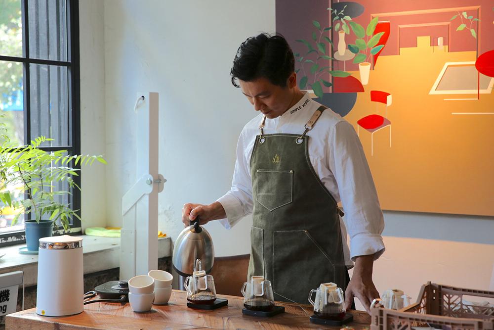 LA ONE_2020世界最佳咖啡館!台北「興波咖啡Simple Kaffa」走進冠軍咖啡師吳則霖的咖啡森林