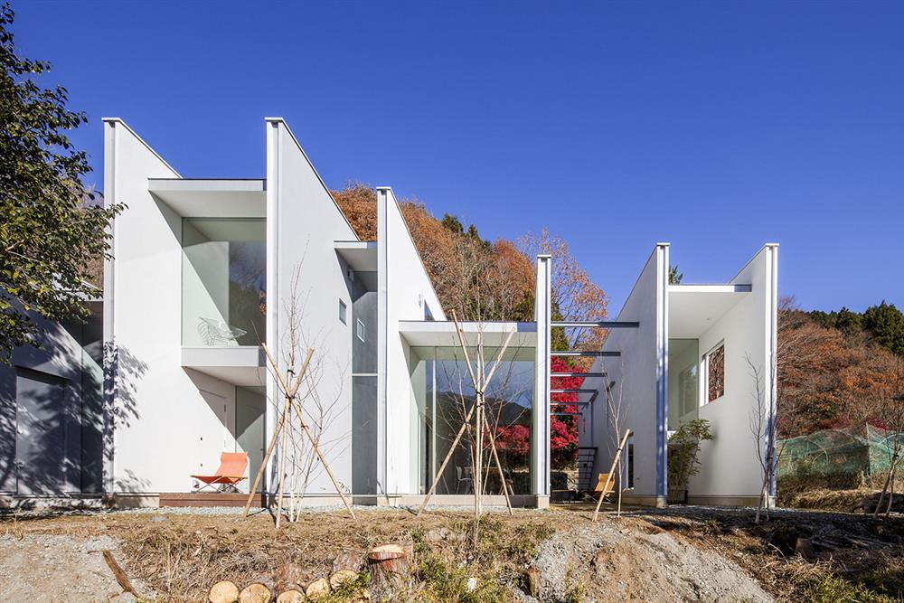 日本設計別墅!「山中第二個家」用7個長型空間收納蓊鬱山色01