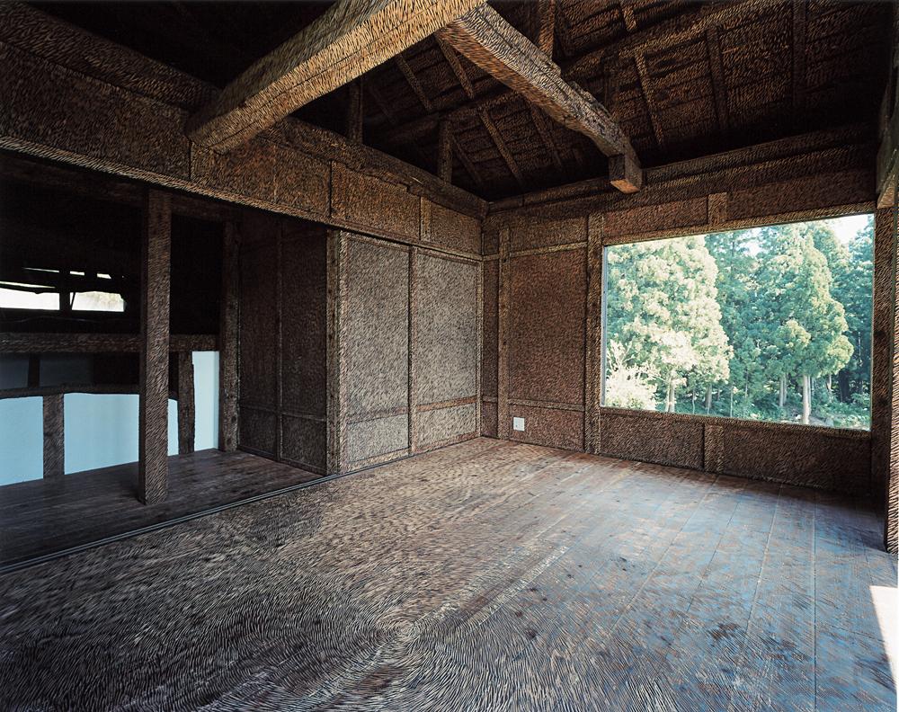 鞍掛純一+日本大學藝術學部彫刻組學生在大地藝術祭的作品〈脫皮之家〉