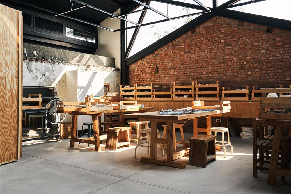 本來空間設計操刀「三星四季青花瓷工作室」2_24