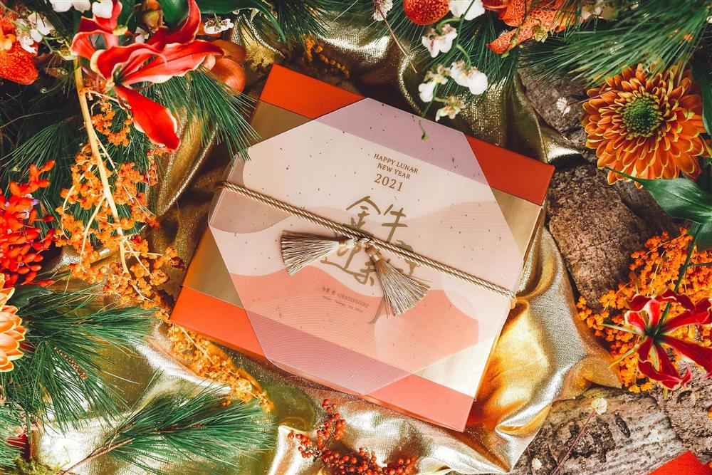 4.禮盒設計以象徵財富和力量的台灣金牛為主軸
