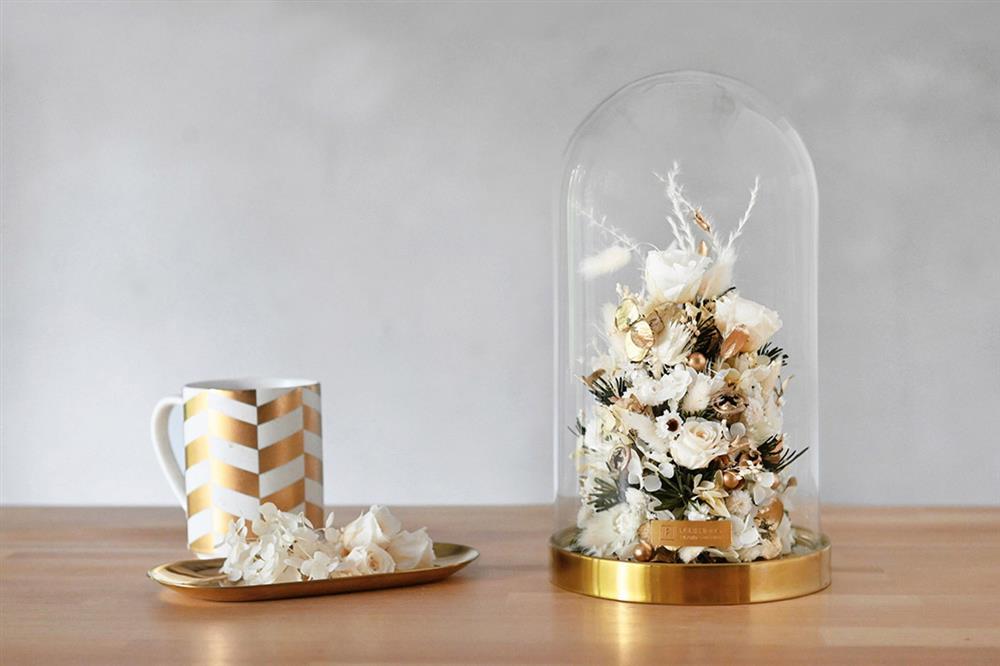 7.玻璃罩聖誕樹