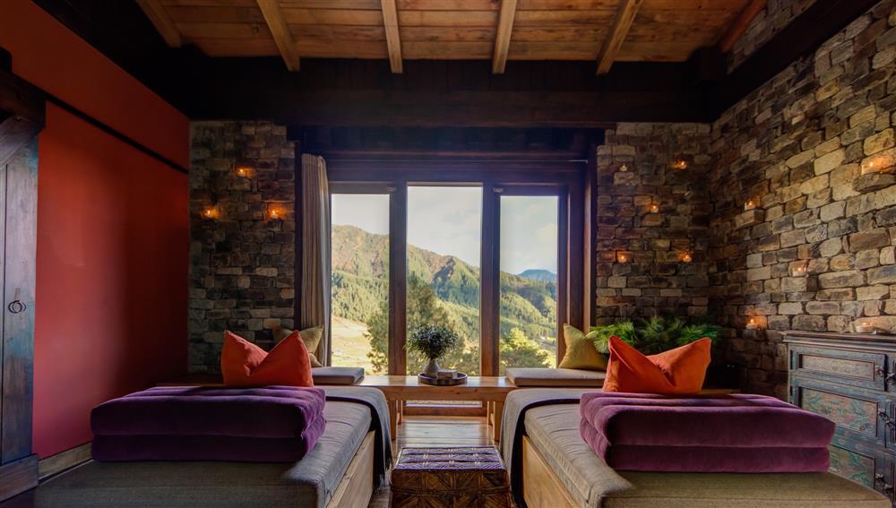 不丹「崗提山谷隱世小屋」坐擁喜馬拉雅山美景8