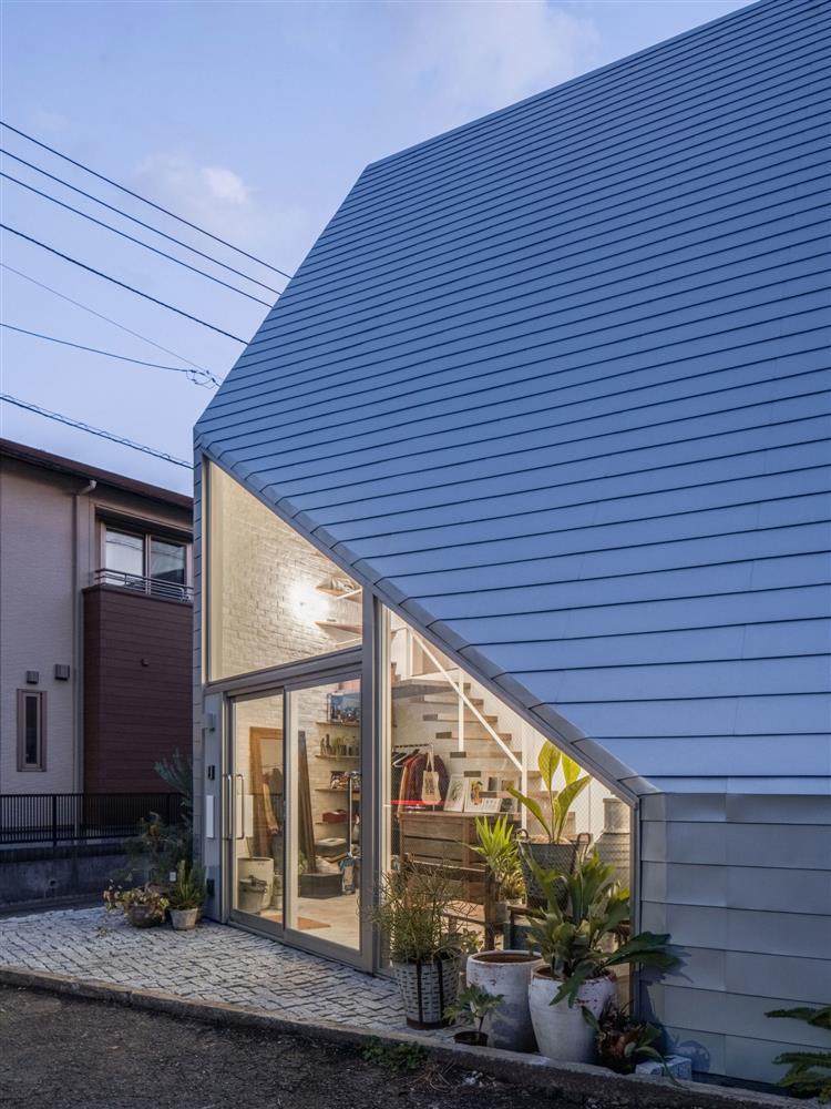 8.5_house-02-1500x2000