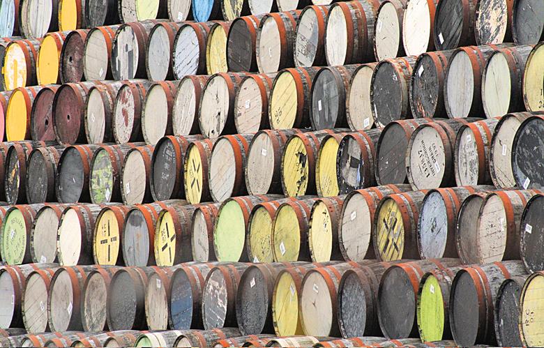 木桶熟成會影響威士忌風味達七成之多,而受到樹種和毛細孔密度、窖藏環境等影響,世界上不會有風味一模一樣的兩個橡木桶。