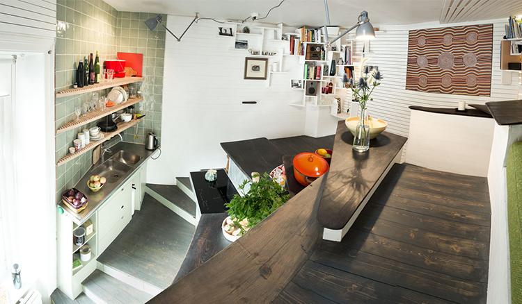 瑞典迷你公寓大改造!小空間+高低錯位=無限大的超值空間 | La Vie