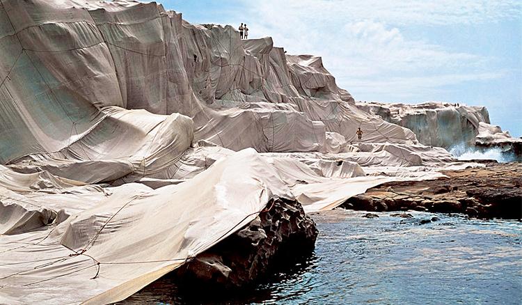 替世界「穿衣服」的藝術家:Christo and Jeanne-Claude