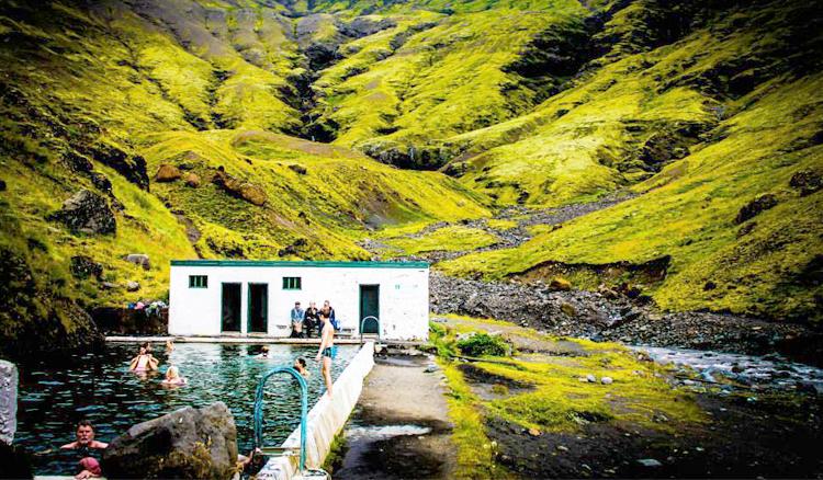冰島秘境溫泉泳池「Seljavellir Geothermal Pool」3