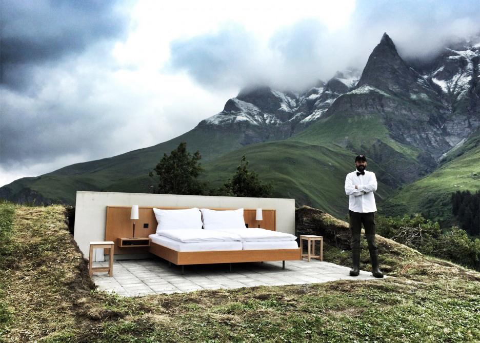 真的睡在雲裡霧裡!只有一張床的阿爾卑斯山旅店快點搶!