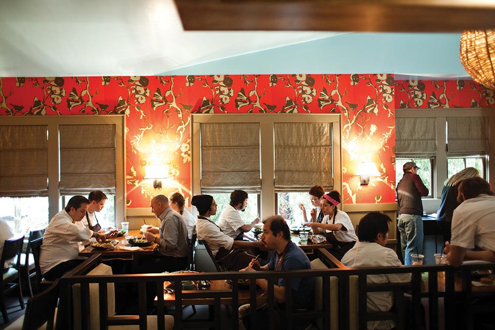 【歡迎光臨打烊餐廳】Uchi日本料理餐廳:剩料變身可口料理 ─ 焦糖魚露炸飯糰