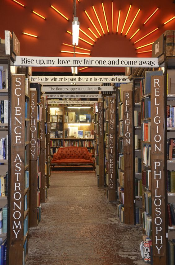 KEEP CALM & VISIT BARTER BOOKS:老火車站改建的英國二手書店_11