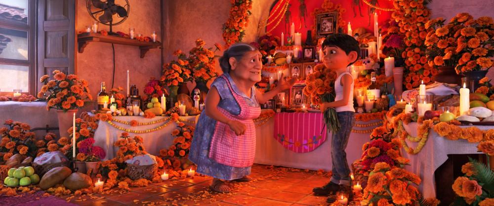 揭開死亡精彩世界!皮克斯《可可夜總會》用音樂、墨西哥亡靈節找尋勿忘我的愛