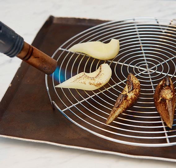 世紀名廚艾倫.杜卡斯的冒險創作——五感爆發的辛味甜品!