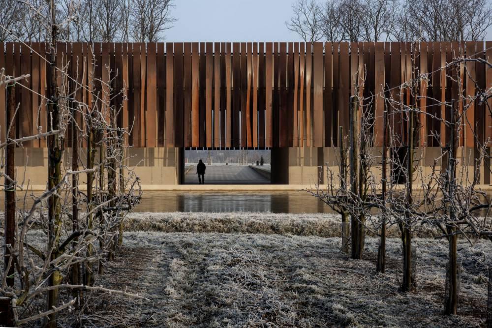 隱身山林水邊,4座以大自然撫平消亡傷痛的生命哲思建築場域!