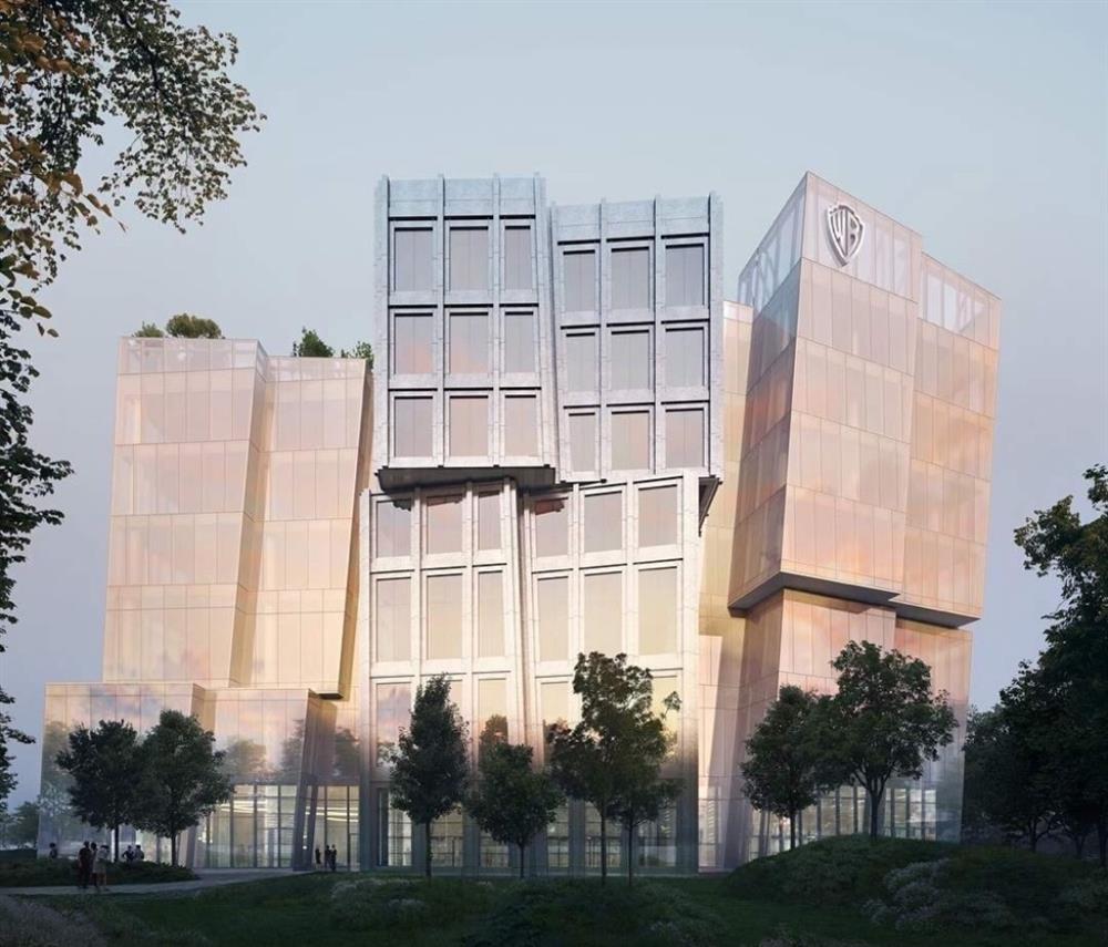 乍看是一叢叢晶亮的方格,其實是由兩座主要的大樓構成。