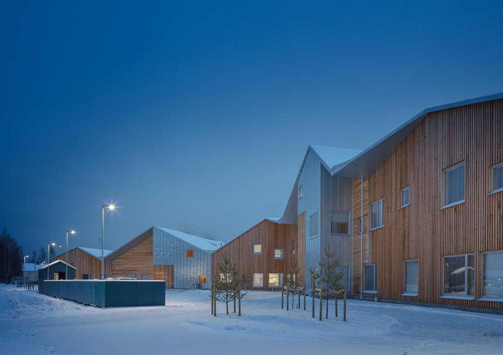 芬蘭「Taika幼稚園」翻玩傳統穀倉造型打造現代校園建築