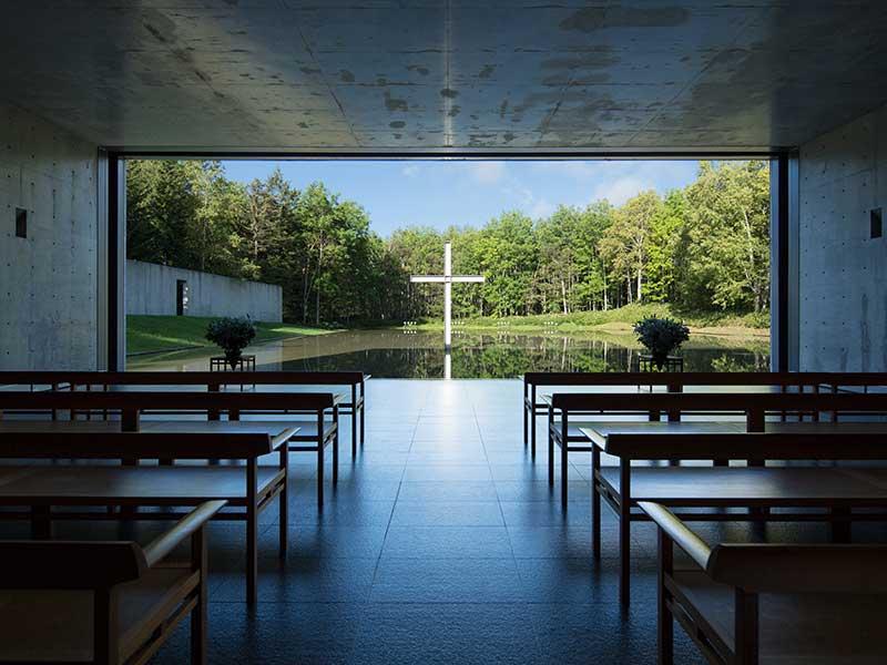 安藤忠雄的設計思量!從水之教堂等大作看建築如何重塑都市