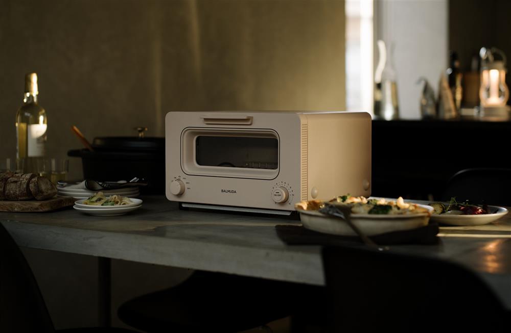 BALMUDA蒸氣烤箱二代形象圖_奶茶色2
