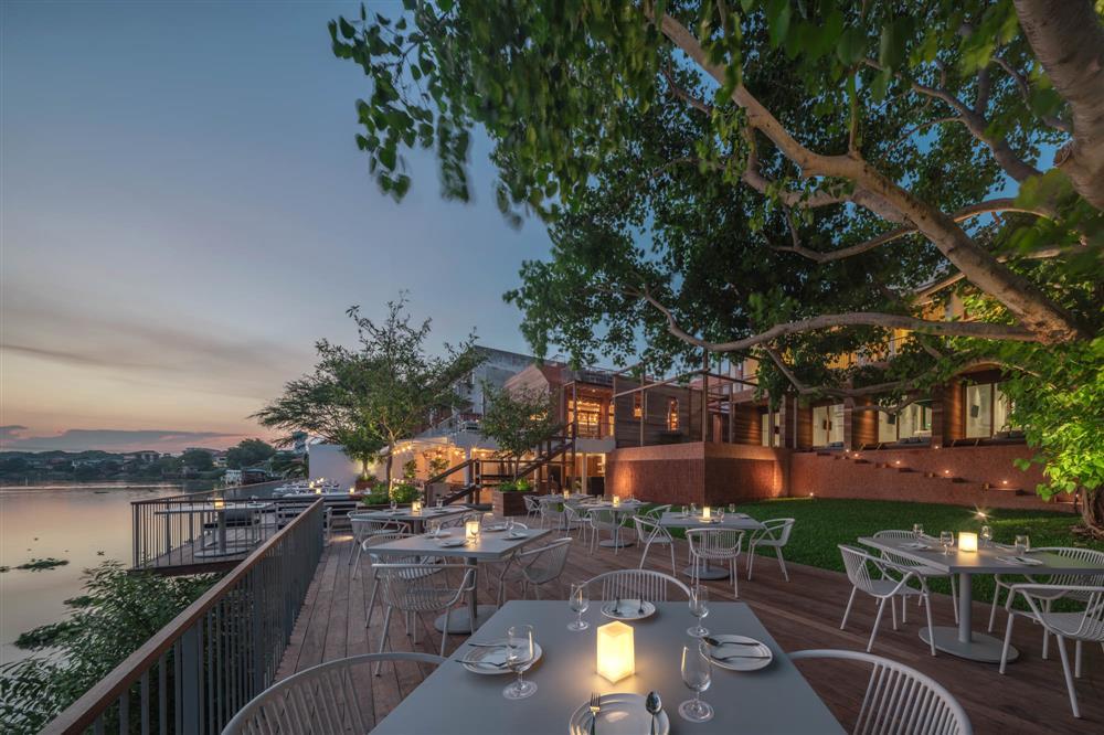 泰國大城區酒店!河畔、堡壘旁的紅磚迷人旅宿BAAN POMPHET_01