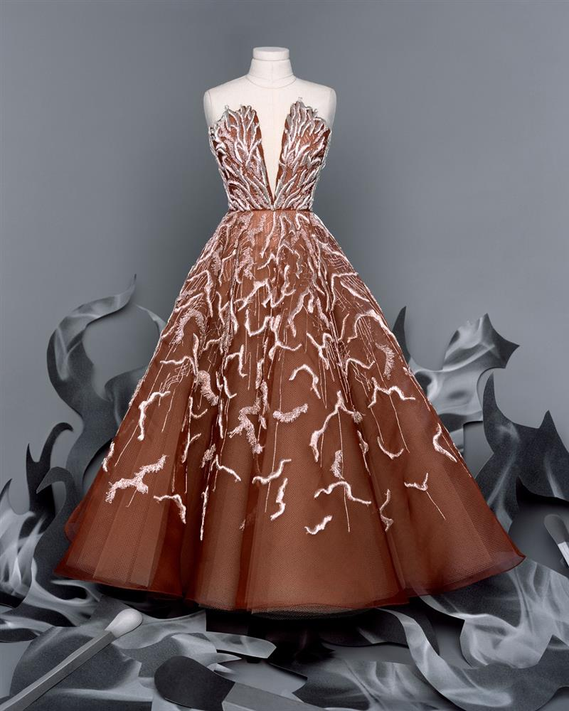 DIOR_HAUTE COUTURE_AUTUMN-WINTER_2021_LOOKBOOK_©BRIGITTE NIEDERMAIR_LOOK_24
