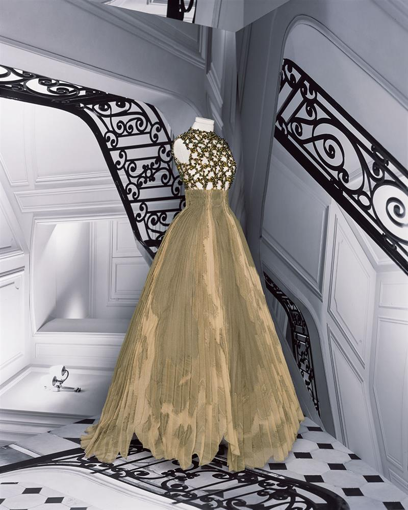 DIOR_HAUTE COUTURE_AUTUMN-WINTER_2021_LOOKBOOK_©BRIGITTE NIEDERMAIR_LOOK_34