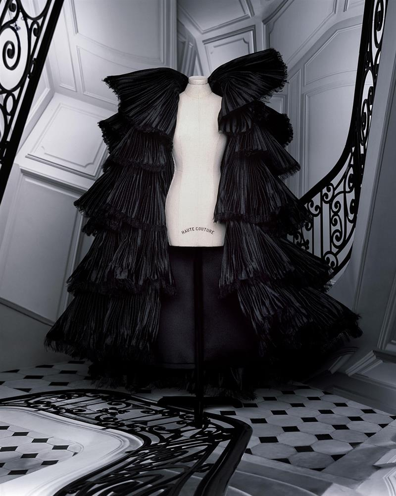 DIOR_HAUTE COUTURE_AUTUMN-WINTER_2021_LOOKBOOK_©BRIGITTE NIEDERMAIR_LOOK_37