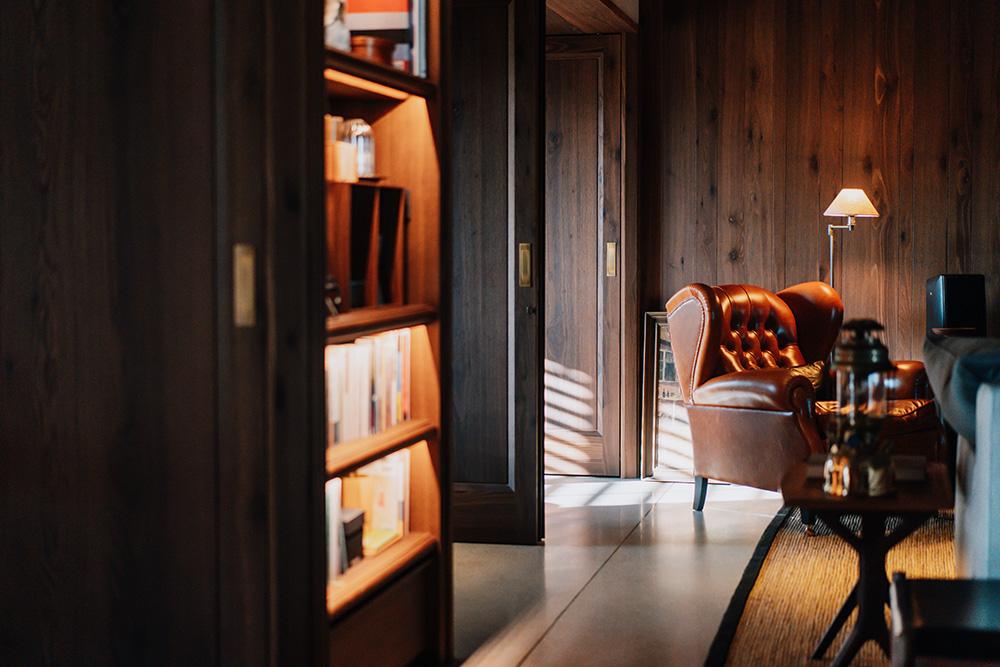 實見空間設計創辦人游思維的家!宛如現代沙龍的設計師自宅_02