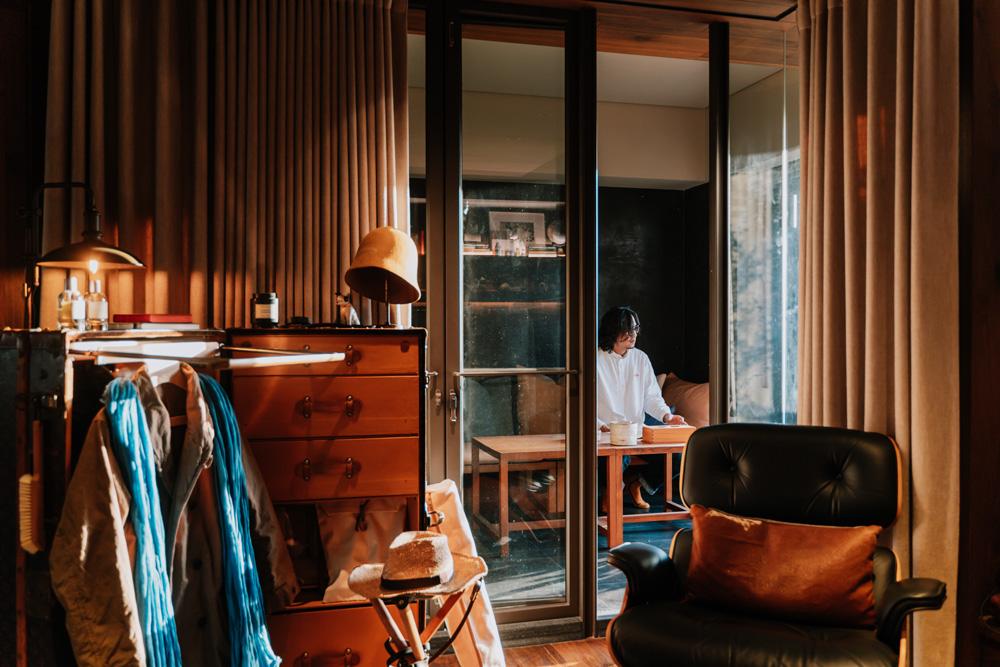 實見空間設計創辦人游思維的家!宛如現代沙龍的設計師自宅_05