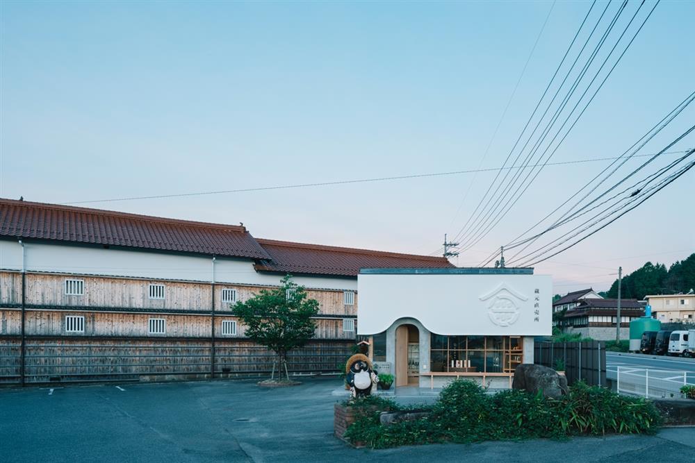 FATHOM建築事務所操刀「金光酒造 蔵元直賣所」DSC5551