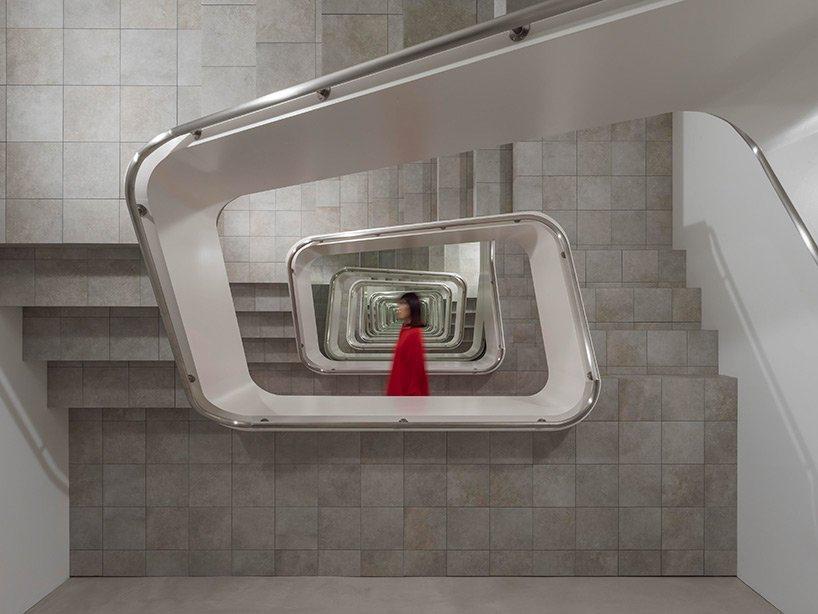 Leandro Erlich 無限樓梯