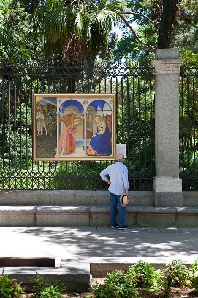 西班牙馬德里普拉多美術館將名作複製畫搬到戶外04