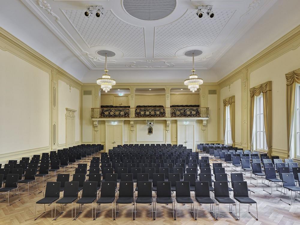 瑞士建築團隊Herzog &deMeuron改造「Stadtcasino Basel」歐洲最老音樂廳再現光華_04