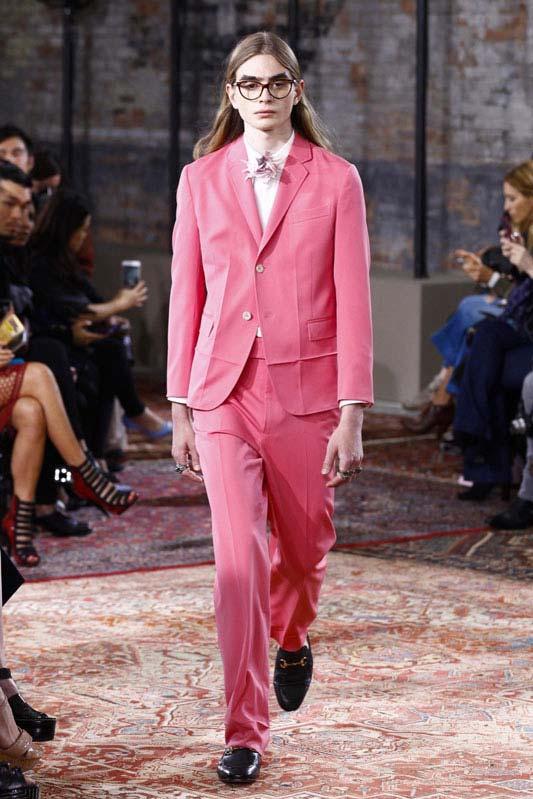 Millennial-Pink-Gucci-Resort-16