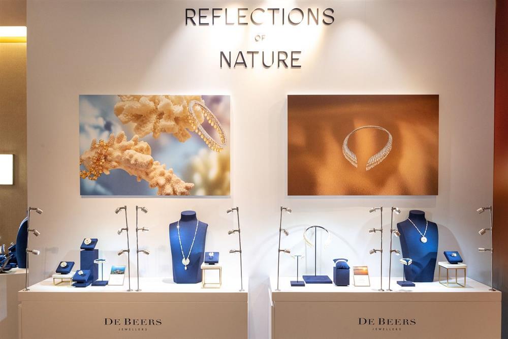 De Beers「Reflections of Nature高級珠寶展」