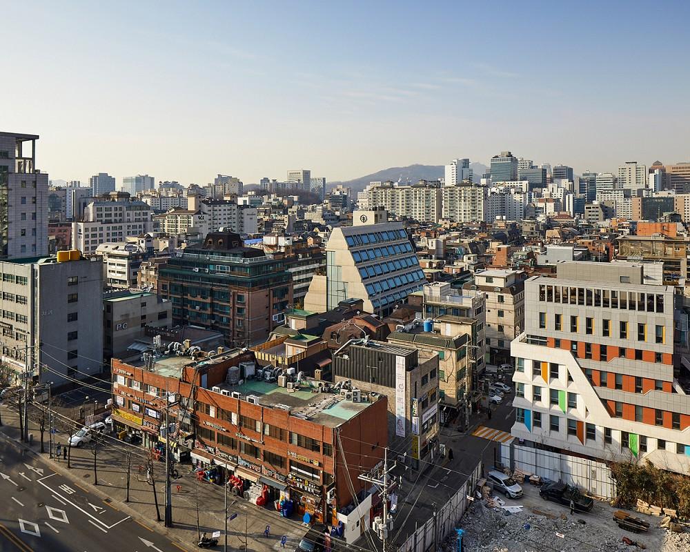 租屋族也能享受的高質感生活!韓國共享公寓「樹屋Tree house」綠意中庭花園、大片落地窗環繞_05